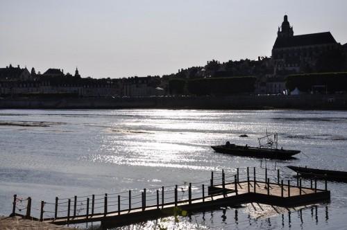 Sculpture de Jihel sur la Loire