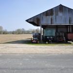 Hangar et champs à Prépatour