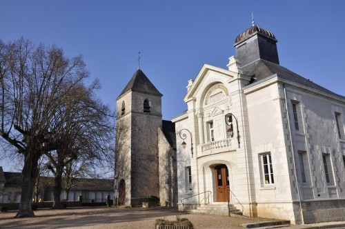 Church and Town Hall of Naveil