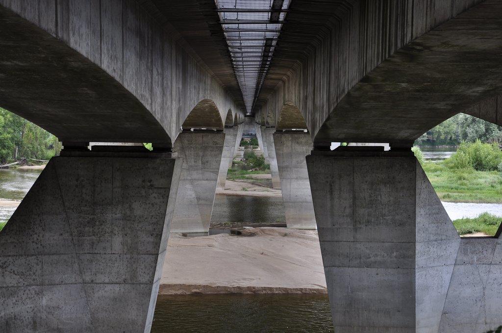 Sous le pont Mirabeau de Tours