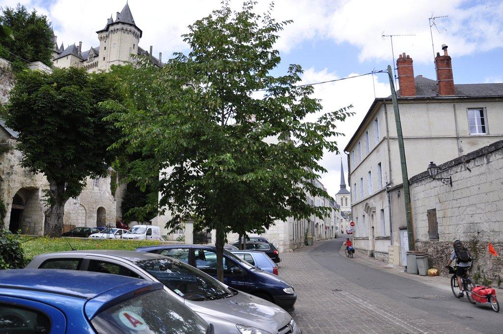Les Chatmouettes au pied du Château de Saumur