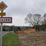 Construction d'une passerelle à Chailles, sur le Cosson